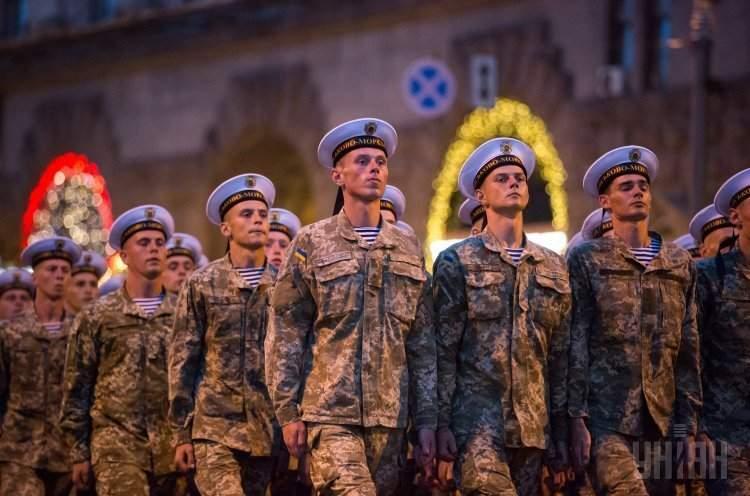 «По главной улице с оркестром»: в Киеве прошла репетиция парада в честь годовщины Независимости (фото)