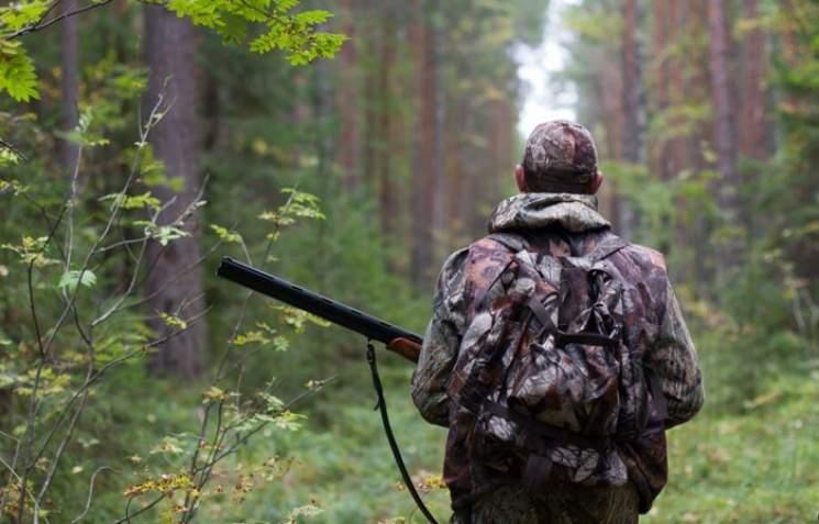 «Драма на охоте»:  на Житомирщине охотник перепутал женщину с кабаном и застрелил