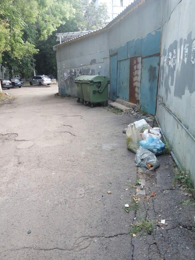 Одесситы недовольны соседством со зловонной