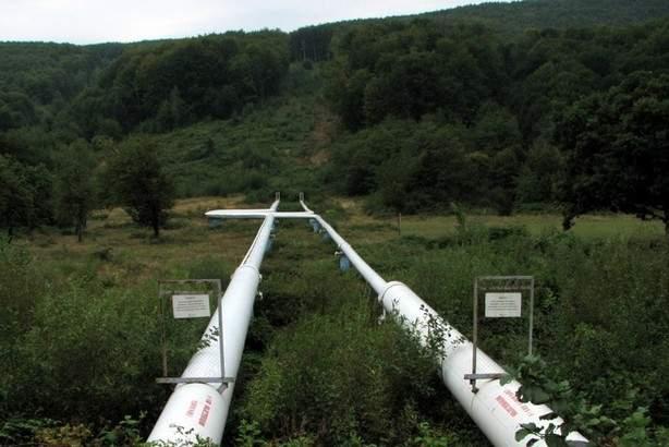 На Львовщине незаконная врезка в нефтепровод привела к утечке