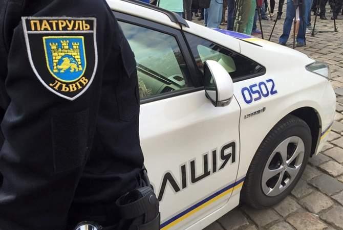 Во Львове патрульные сняли  уникальный клип на авторскую песню об Украине