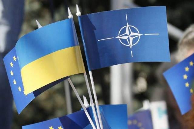 Волкер: Вступление Украины в НАТО займет много времени