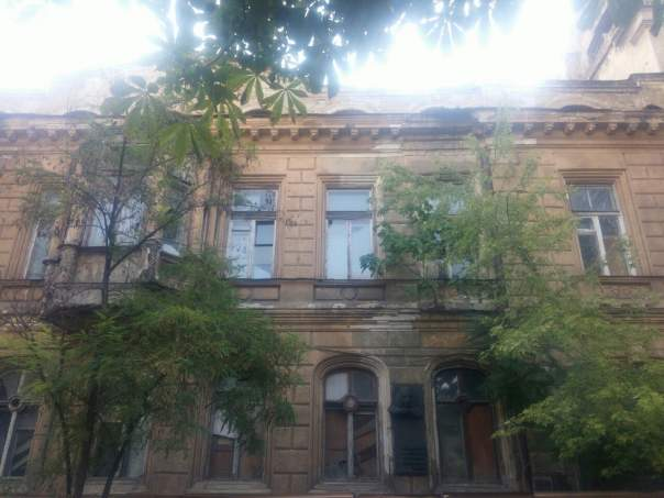 Одесситы показали разрушенный Дом Гоголя (Фото)