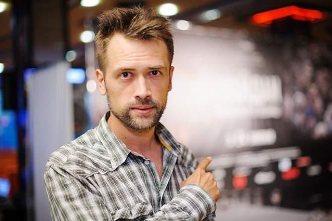 Известный российский актер бросил богемную жизнь и воюет в АТО