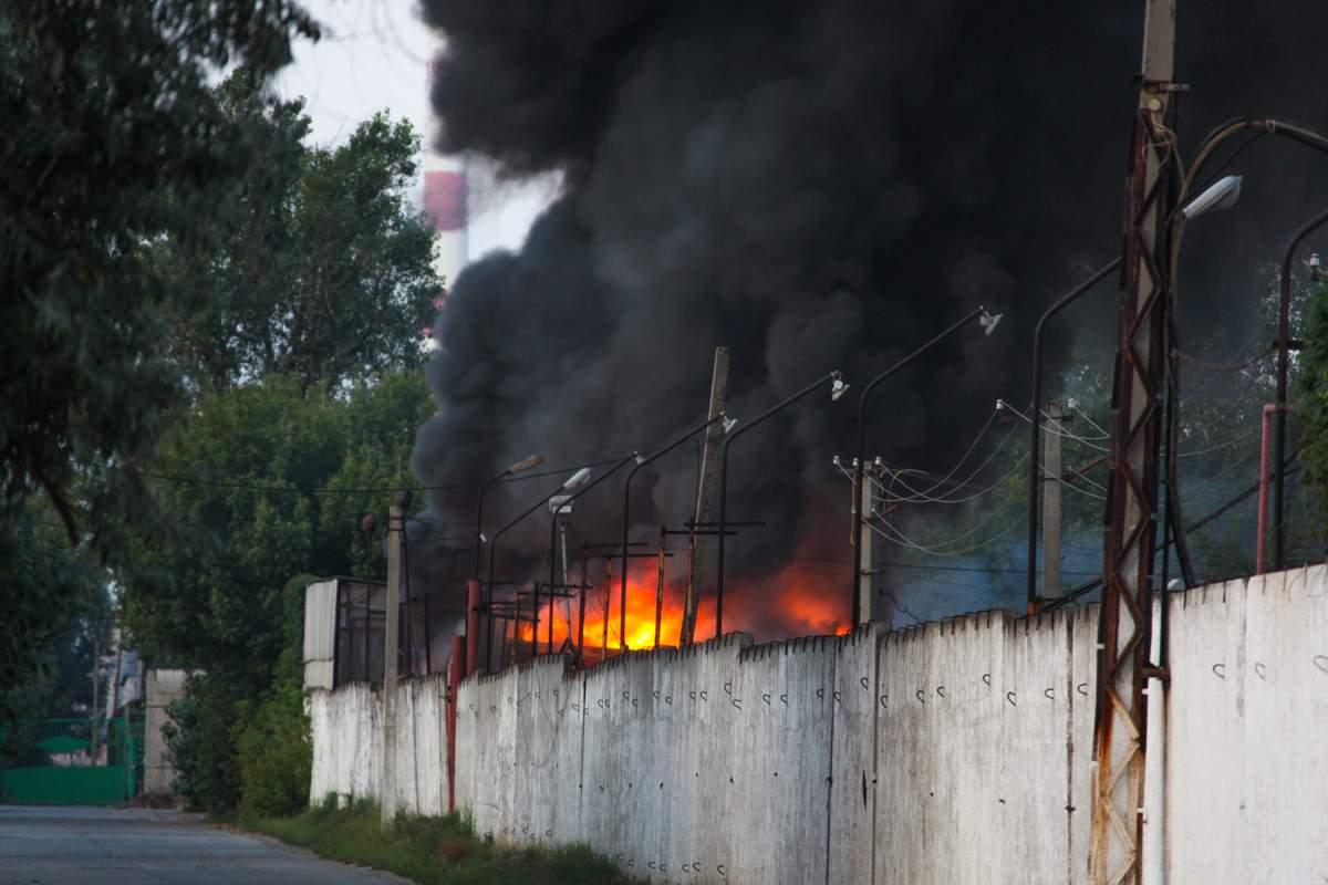 «А как же мороженое?»: на Днепропетровщине возник пожар на фабрике «Ласунка» (фото)