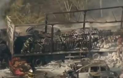 Столкновение 36 автомобилей в Бразилии: 20 пострадавших