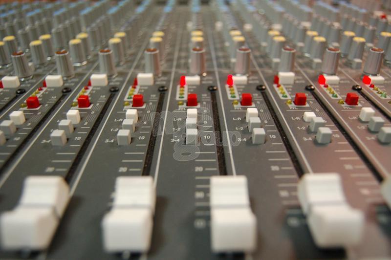 Качественное звуковое оборудование для профессионалов