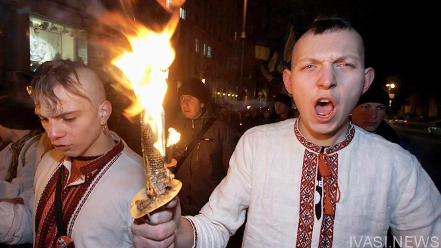 Европарламент займется проблемой распространения неофашистских настроений на Украине