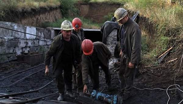 Пропавшие после подъёма вод на донецкой шахте горняки найдены мёртвыми (фото)