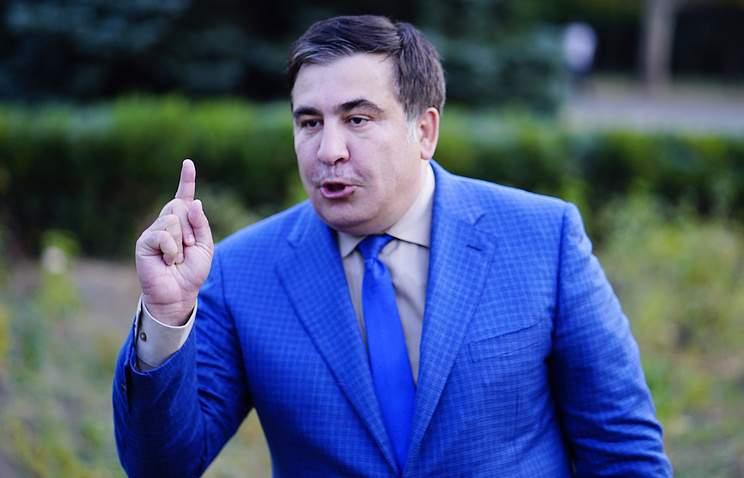 «Не спекулируйте войной, вы – такой же бессовестный»: Саакашвили  публично унизил ветерана АТО (видео)