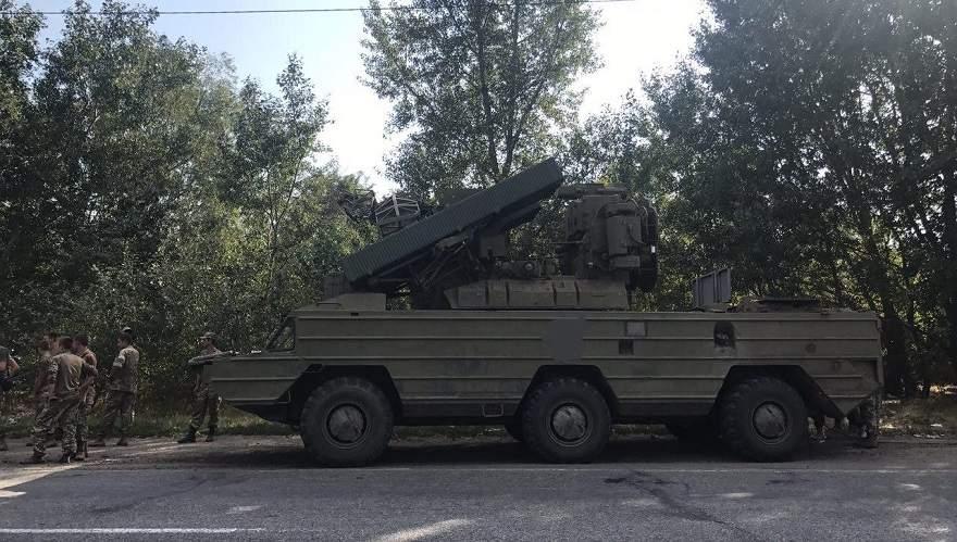 На Херсонщине военная колона с ЗРК
