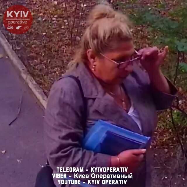 В Киеве мошенницы под видом соцработниц обокрали пенсионерку (фото)