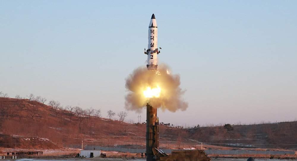 КНДР совершила очередной запуск ракеты, которая упала в Тихом океане