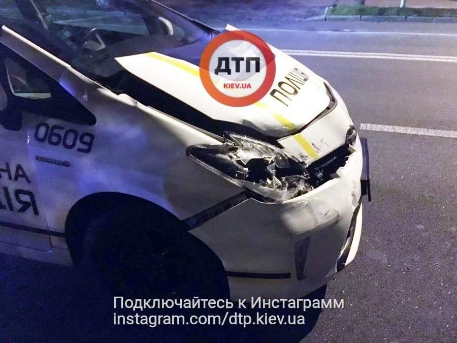 В столице авто патрульных попало в ДТП (Фото)