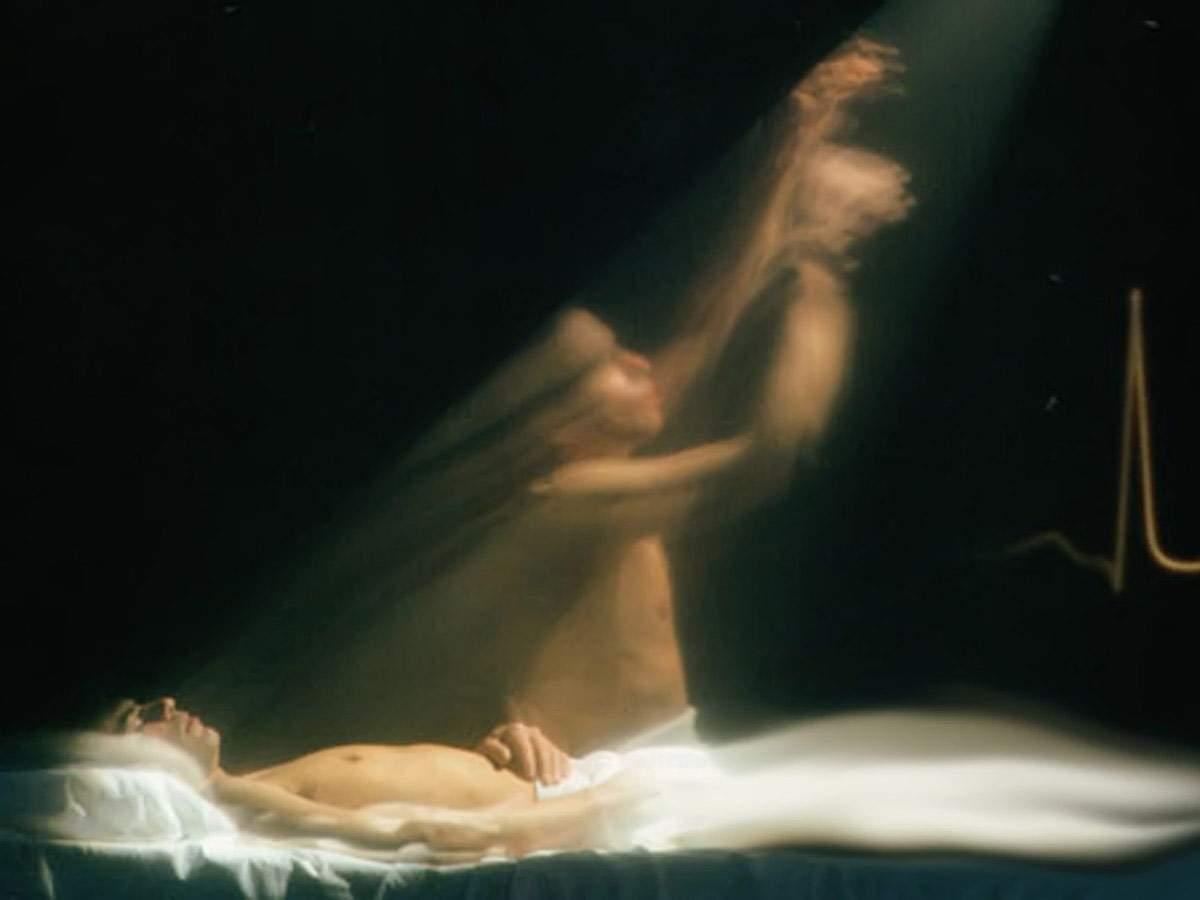 Опрос людей вышедших из комы показал существование души