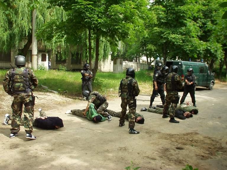 Задержанных на Херсонщине добровольцев из АТО подозревают в связях с ИГ