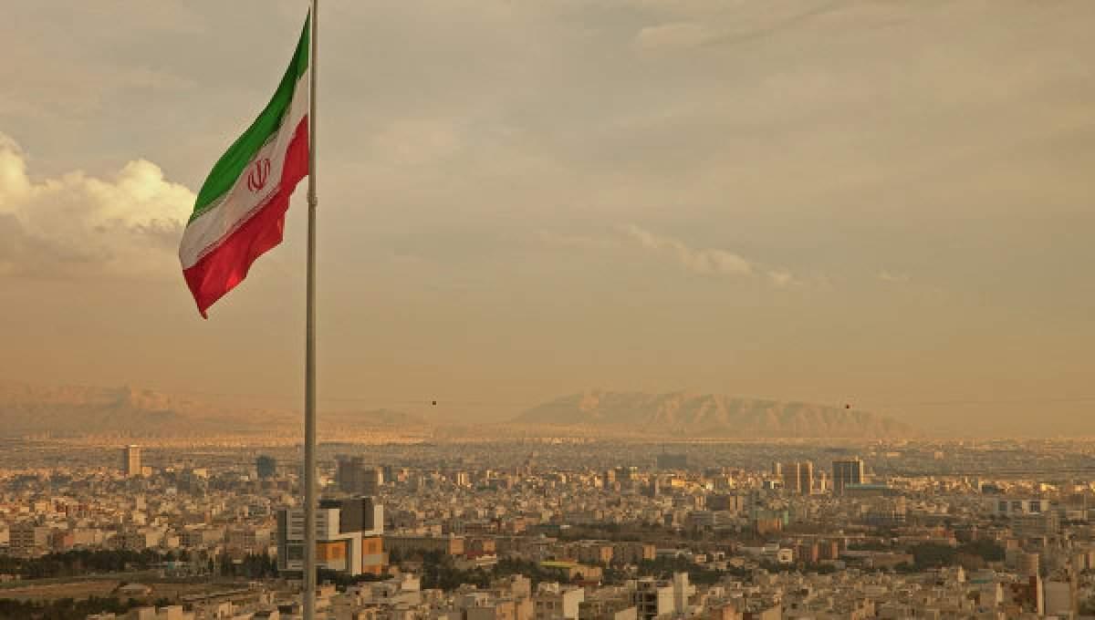 Иран не намерен отказываться от ядерного оружия