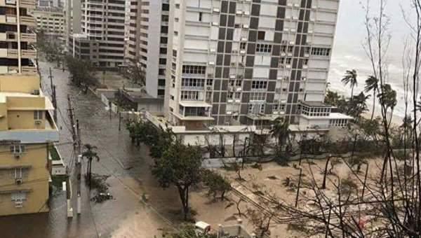 В Пуэрто-Рико   разрушительный ураган Мария» уничтожил дамбу: на острове проходит массовая эвакуация