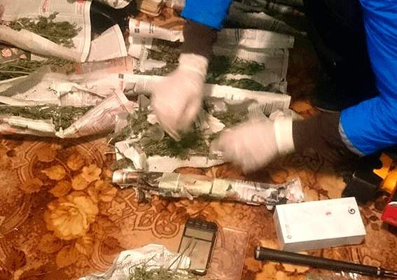 На Ровенщине экс-милиционер наладил производство наркотиков и стал миллионером (фото)