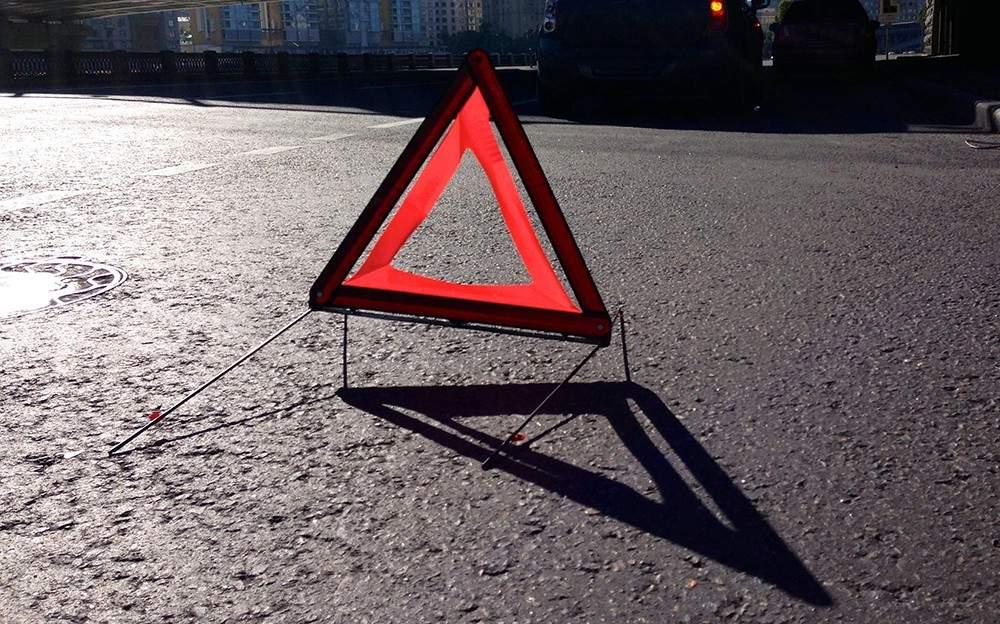 На трассе Киев-Одесса под колёсами грузовика погиб пешеход