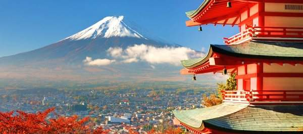 Япония содрогнулась от мощных подземных толчков