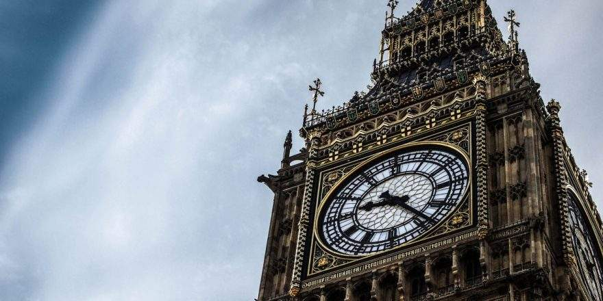 Ремонт знаменитых часов в Лондоне обойдется властям в кругленькую сумму