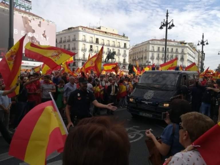 В Мадриде начался митинг в поддержку единства страны (фото)