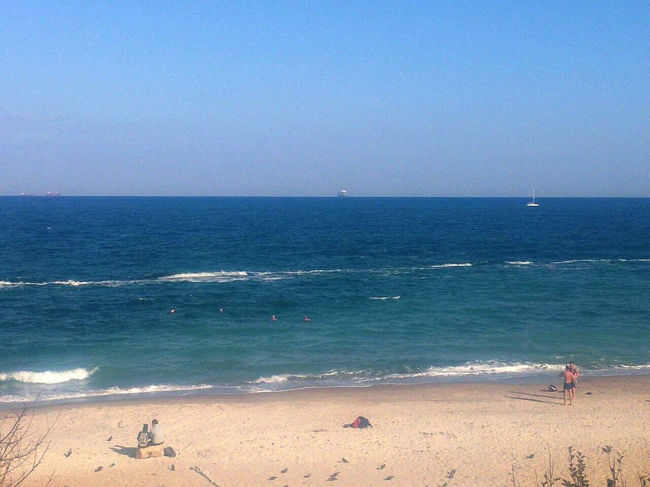 Одесситы продолжают купаться в море (Видео)