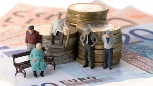 Гройсман призвал депутатов принять пенсионную реформу уже на этой неделе