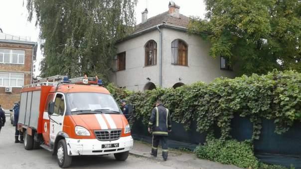 Во Львове воспитанников детского сада напугал пожар (Видео)