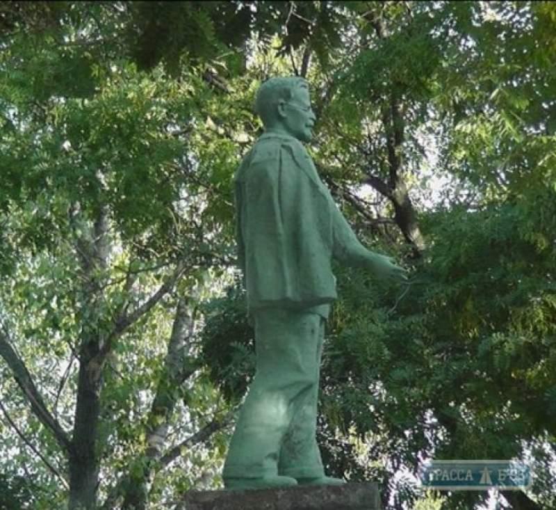 Институт национальной памяти обратится в СБУ из-за отреставрированных советских памятников в Одесской области