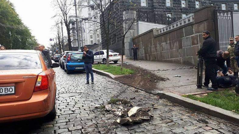В Киеве возле Кабмина