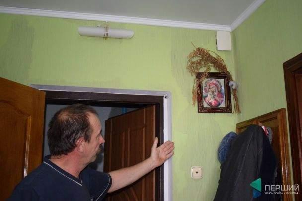 В Луцке многоэтажный дом затопило горячей водой (фото)