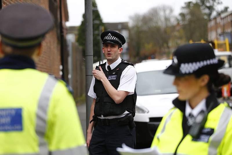 Полиция Лондона задержала водителя, врезавшегося в толпу людей (Видео)