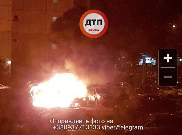 В столице загорелось авто МВД (Фото)