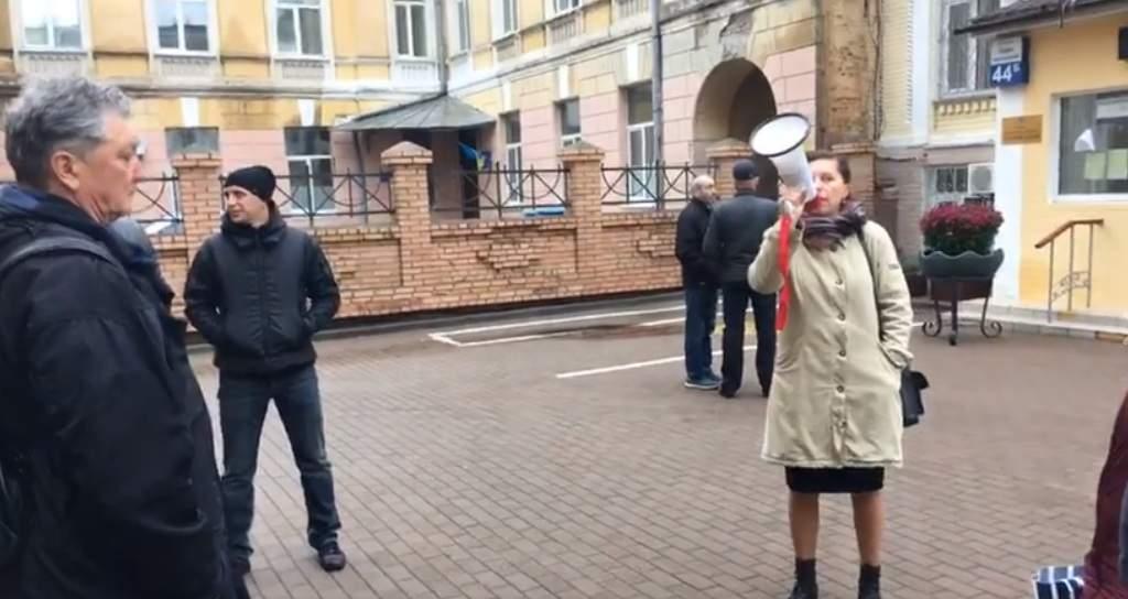 В Киеве проводится второе заседание по делу незаконной постройки АЗС