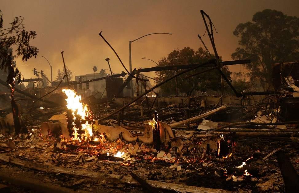 Калифорнию охватили лесные пожары (фото, видео)