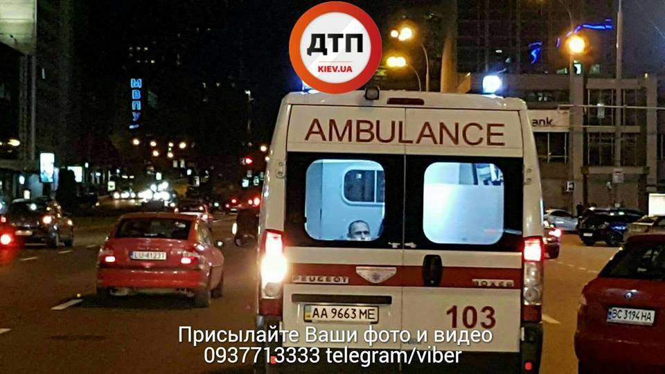 Столкновение 5 авто в столице: Есть пострадавшие (Фото)