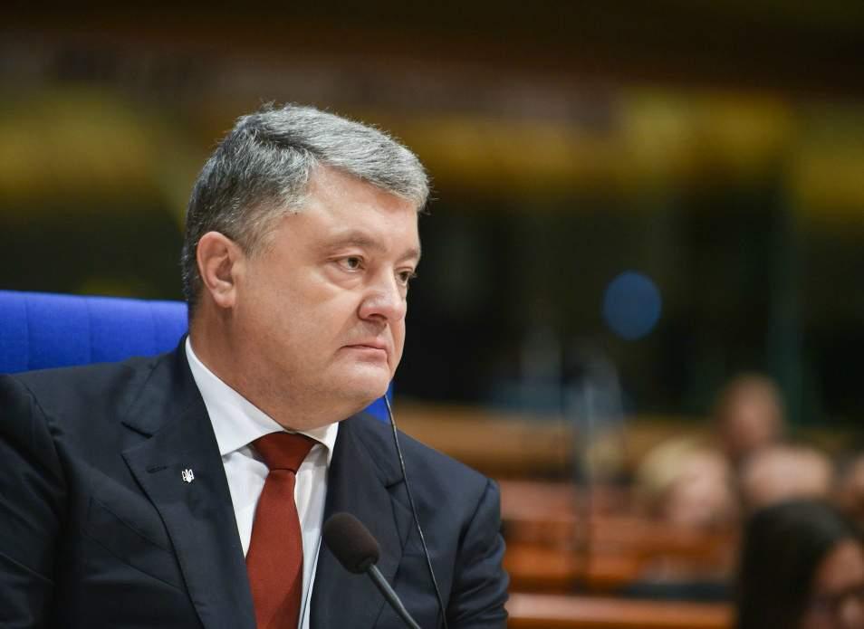 Порошенко безоговорочно уволил первого зампредседателя Службы внешней разведки