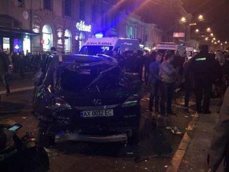 Очевидцы запечатлели на камеру трагическую аварию в Харькове (Видео)