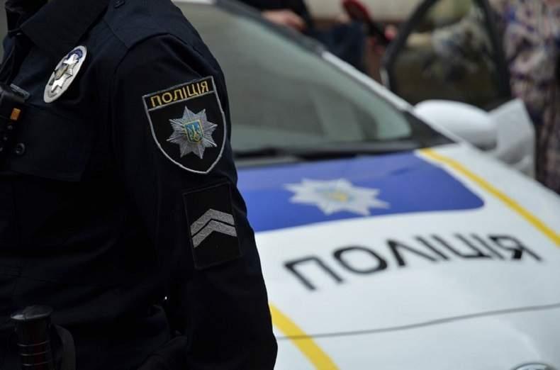 В Запорожье около остановки неизвестный зарезал местного жителя
