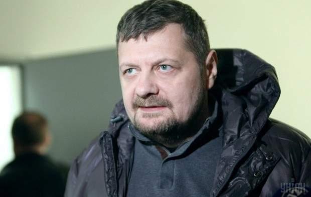 В Киеве было совершено покушение на депутата Игоря Мосийчука: пострадали два человека