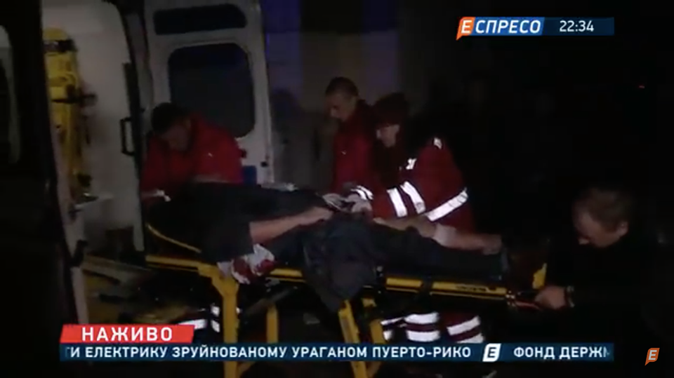 СМИ опубликовали первые кадры после покушения на народного депутата Игоря Мосийчука (видео)