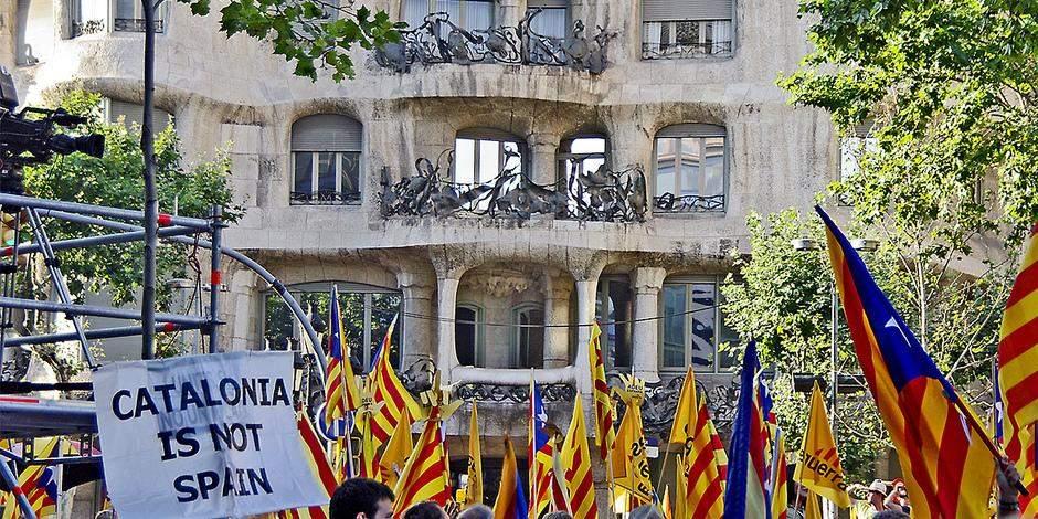 МИД Испании: В  Каталонию для урегулирования ситуации не будут вводится войска