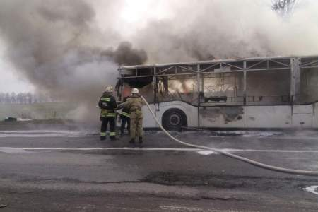 В Винницкой области на трассе вспыхнул пассажирский автобус (Фото)