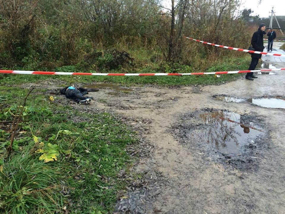 Во Львовской области обнаружили изрезанное ножом тело мужчины (видео)