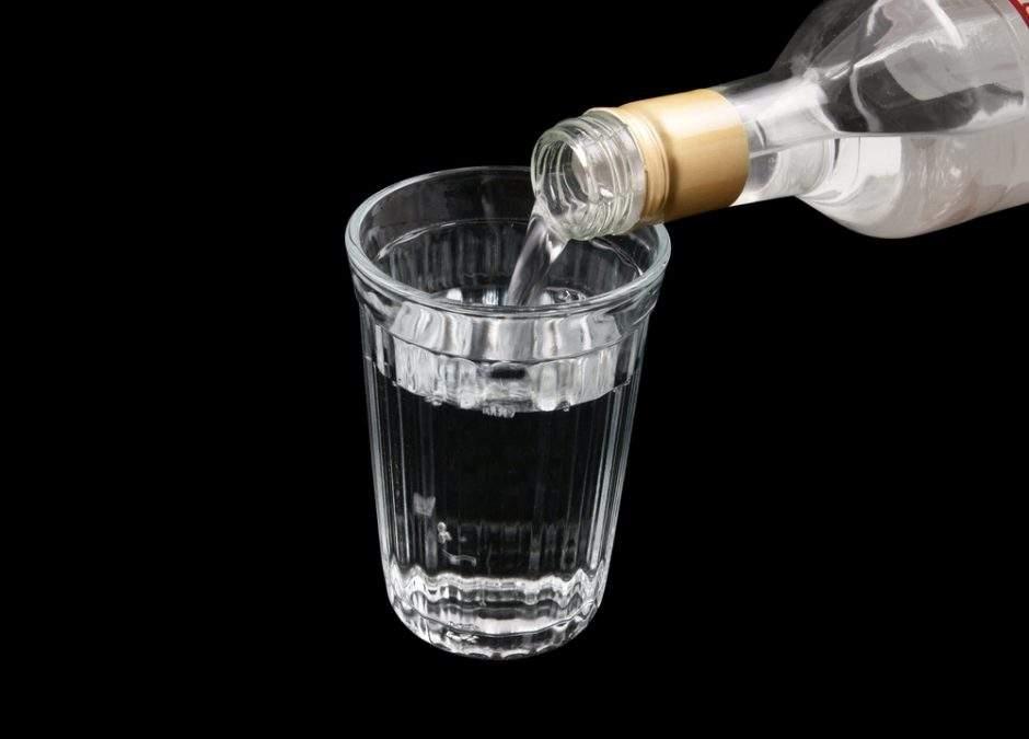 Харьковчанин до смерти забил своего приятеля бутылкой водки