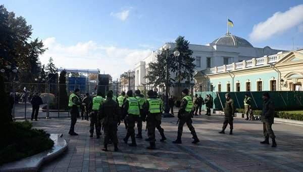 Шкиряк сообщил, что на охрану митинга под Радой было потрачено 43 миллиона гривен