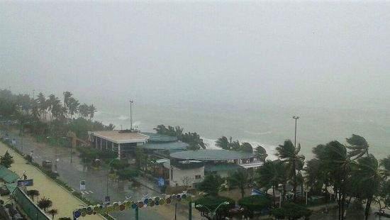В результате тайфуна во Вьетнаме погибло более 60 человек