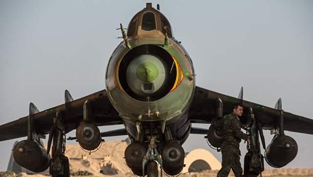 В Иране во время учений потерпел крушение военный самолёт